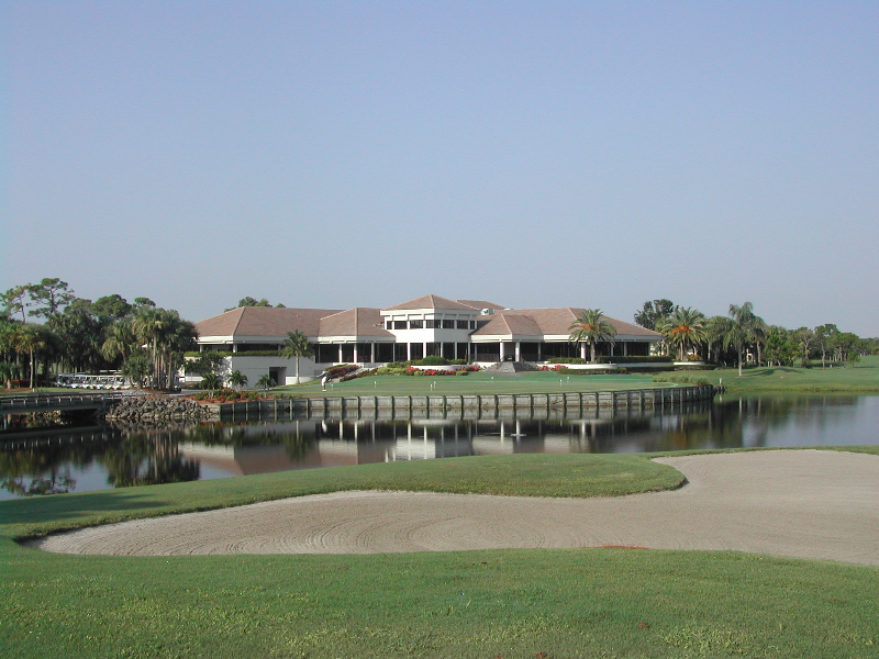 mdcc_clubhouse_across_pond